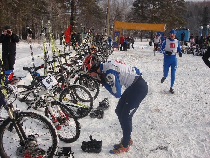 Красноярский спортсмен выиграл домашний этап Кубка России по зимнему триатлону
