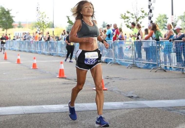 В 71 год марафон за 3:24: неудержимая бабушка Джинни Райс